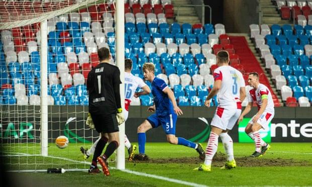 Filip Helander ghi bàn thắng phút 36
