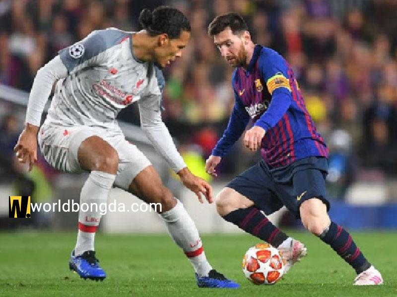 Messi dùng kỹ thuật dắt bóng qua người