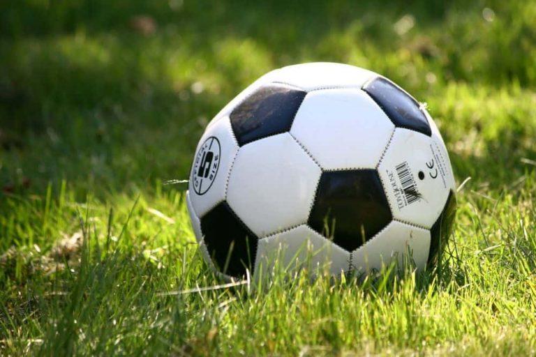 Kích thước quả bóng đá tiêu chuẩn