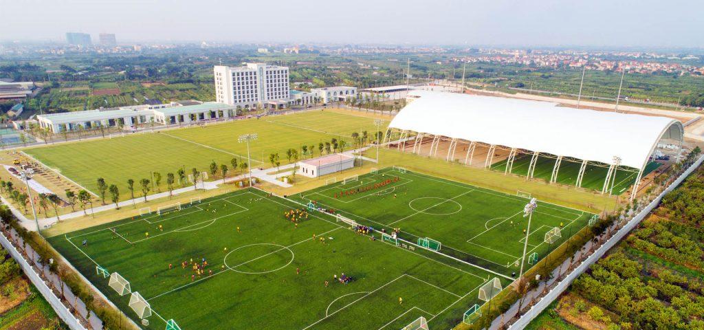 Sân bóng Trương Quyền